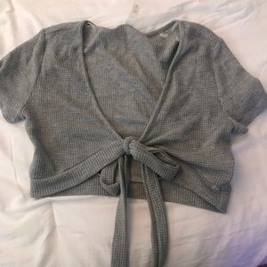 gray cropped wrap top